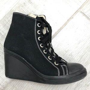 Shoes - Black platform sneakers